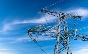 (Polski) Zagadnienia surowców energetycznych i energii w gospodarce krajowej